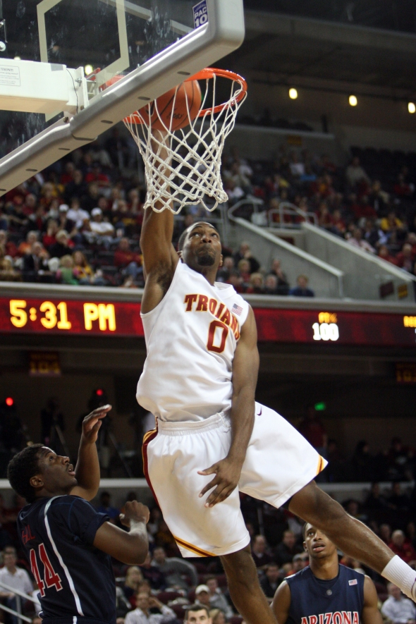 Marcus Johnson dunks for USC