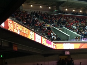 Photo evidence that the Trojans held the lead against the No. 1 team in the nation, Arizona, late in the first half.