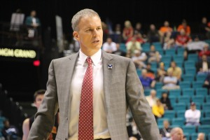 Coach Andy Enfield