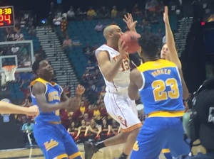 Julian Jacobs had 11 assists as the Trojans' offense took flight early and often.