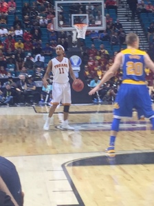 Jordan McLaughlin had 19 points as USC raced out early against UCLA.
