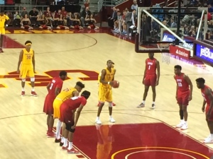 Shaqquan Aaron shooting a free throw vs. SMU (Max Meyer/Galen Central)